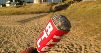 micro Do 21 b - Reporter radio RTL