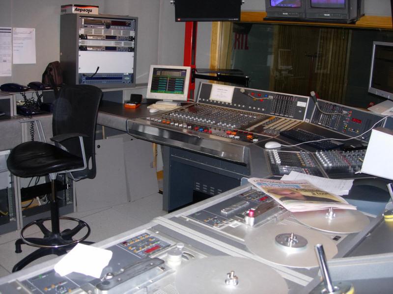 dscn1710studio-bstudio-b